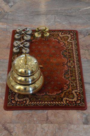 Dzwonki w prezbiterium